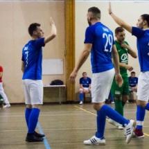 La gagne ! AFC - Gallia Club Uchaud Futsal - 1 - Lançon de Provence - France