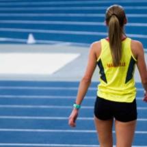 Récupération après 1500m F - Championnat Départemental Athlétisme - Miramas - France