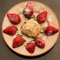 Cookie pepites de chocolat et fraises fraîches - St Martin de Crau - France_-2